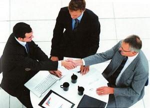 Thành lập công ty cổ phần theo quy định của pháp luật