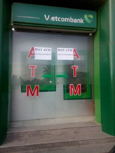 """Phá trụ ATM lấy trộm 1,4 tỷ đồng"""""""