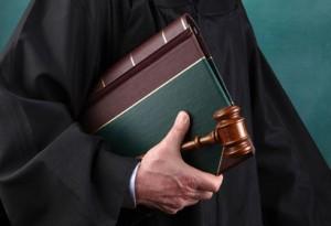 Luật sư tranh tụng trong các vụ án hình sự