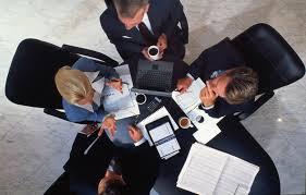 Tranh tụng liên quan đến hoạt động kinh doanh thương mại