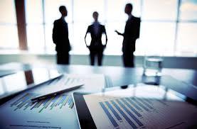 Ai là người đại diện theo pháp luật công ty cổ phần?