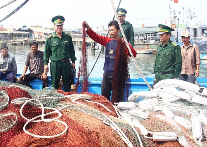 Việt Nam yêu cầu Trung Quốc bồi thường cho ngư dân bị cướp ở Biển Đông