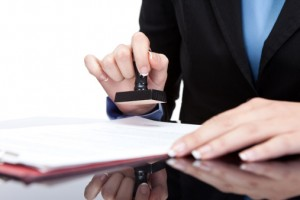Li-xăng là gì? Thủ tục li-xăng quyền sử dụng các đối tượng sở hữu công nghiệp