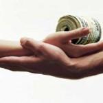 Chồng vay tiền để đánh bạc, vợ có nghĩa vụ phải trả nợ không