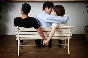 Hướng xử lý đối với hành vi ngoại tình