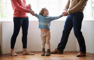 Thay đổi người trực tiếp nuôi con sau ly hôn